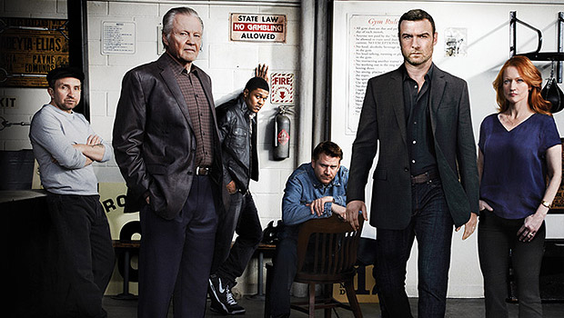 ray-donovan-season-2-dvd-02