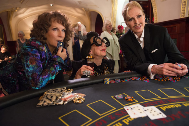 Absolutely-Fabulous-The-Movie---Stills-02