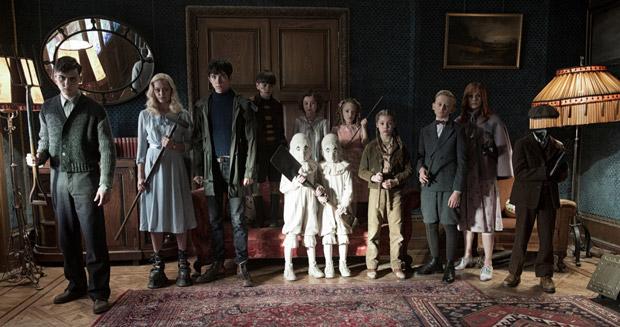 Miss-Peregrins-home-for-Peculiar-Children---Still-05